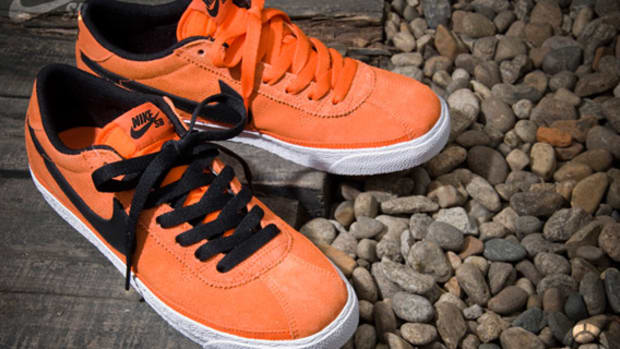 nike-sb-zoom-bruin-orange-black-1