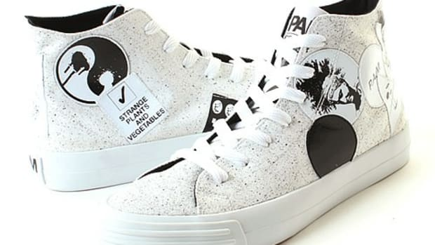 sticker-sneakers-white