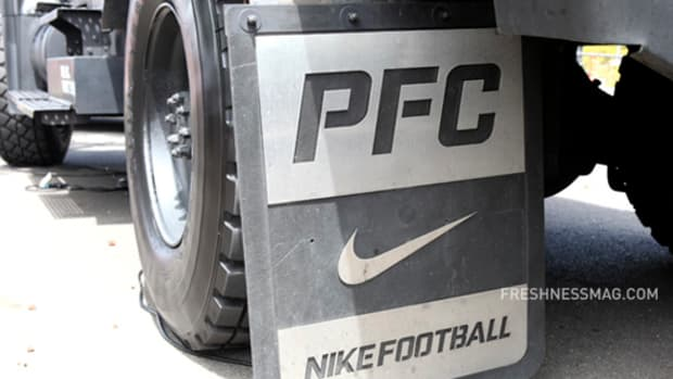 nike-football-mrap-armored-vehicle-01