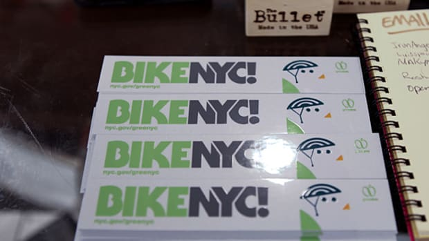 greennyc-birdie-mascot-reed-space-bike-month-13