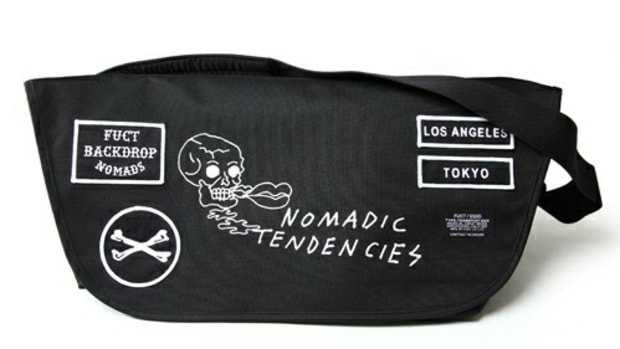 SSDD Nomadic Tendencies Messenger Bag