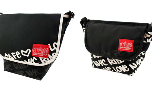 Graphic Message Casual Messenger Bag