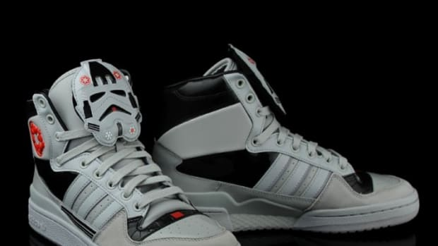 star-wars-adidas-originals-eldorado-hi-AT-AT-driver-13