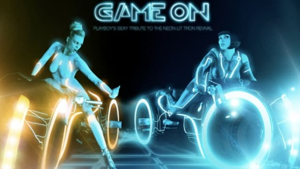 playboy-tron-legacy-game-on-01