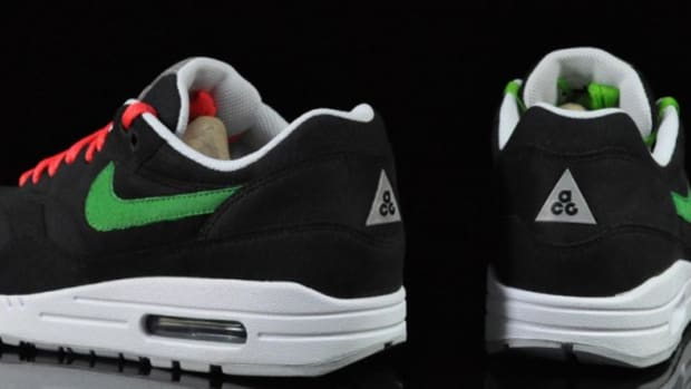 nike-air-max-1-acg-black-victory-green-3