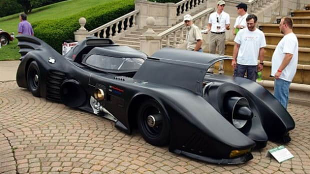 Putsch-Racing-Batmobile-With-Real-Jet-Turbine-Engine-01