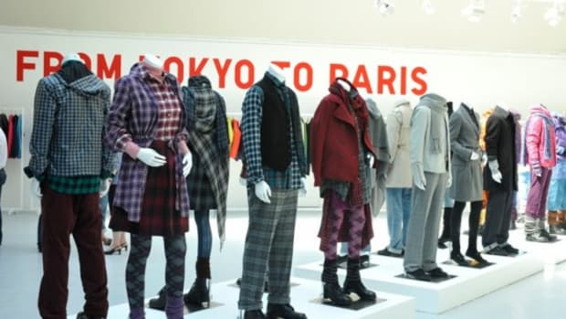 UNIQLO - Fall 2009 Collection Presentation @ Paris