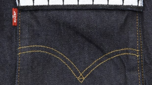 Levi's  — OriginalFake Model Cargo Jeans - Red Teeth (Detail)