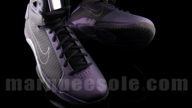 Nike Hyperdunk - Eggplant Colorway - 04