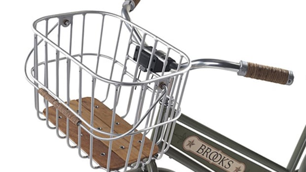 brooks-hoxton-wire-basket