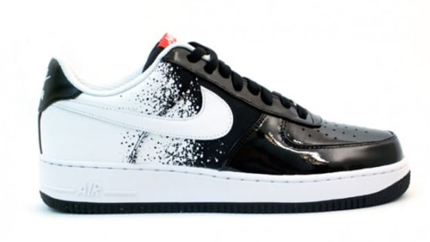 nike-air-force-1-low-premium-black-white-hot-red-1