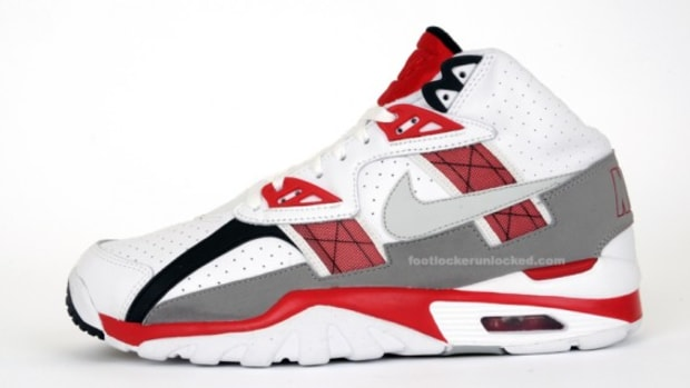 nike_air_trainer_sc_november_release_1