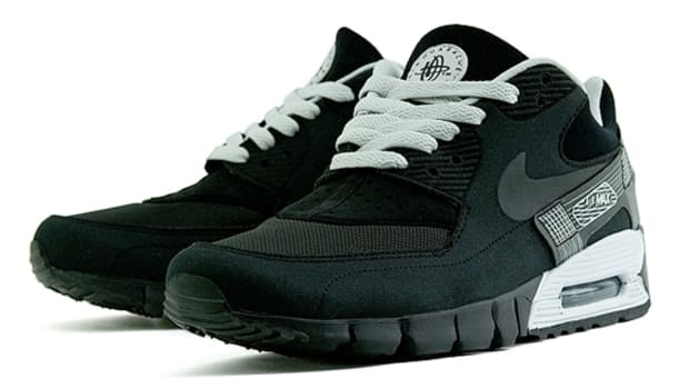 nike-air-max-90-current-huarache-black-1