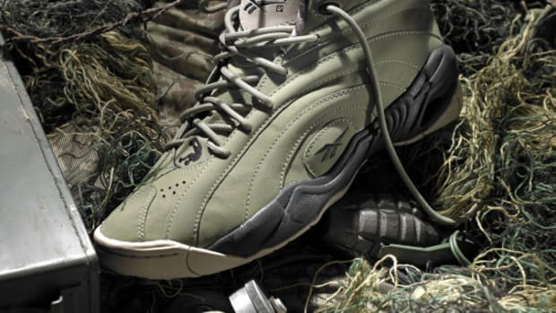reebok-shaqnosis-barracks-detailed-look-01