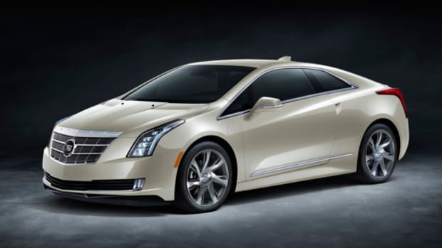 2014-cadillac-elr-saks-fifth-avenue-white-diamond-specical-edition-01