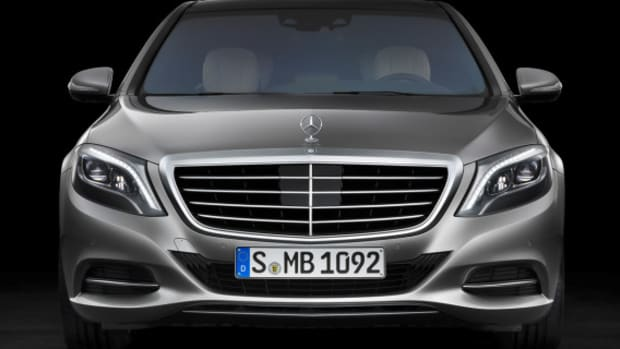 2014-mercedes-benz-s-class-flagship-model-01