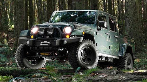 filson-x-aev-jeep-brute-double-cab-01