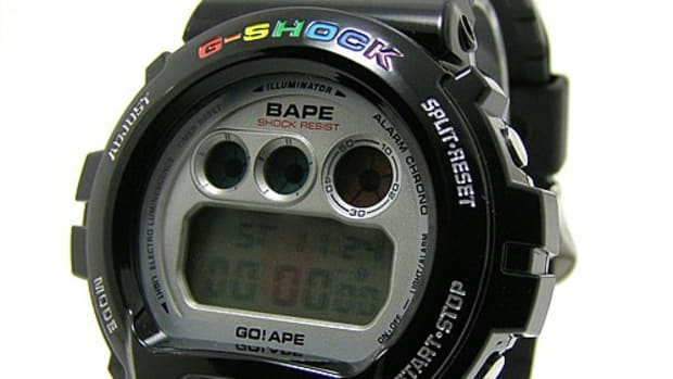 bape-casio-gshock-dw6900-watch-01