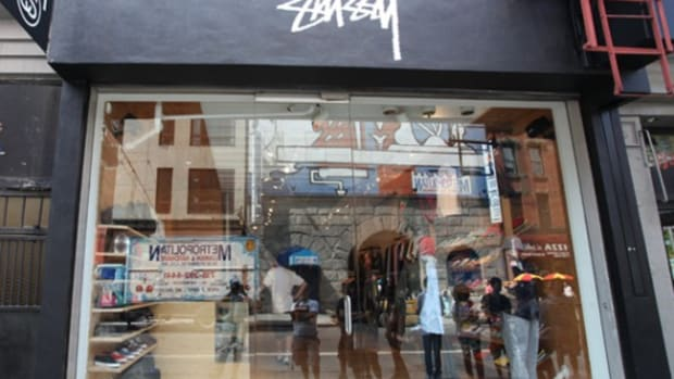 stussy-nyc-grand-opening-exterior-01