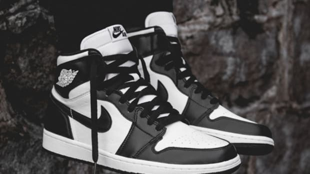 air-jordan-1-retro-high-og-555088-010-01