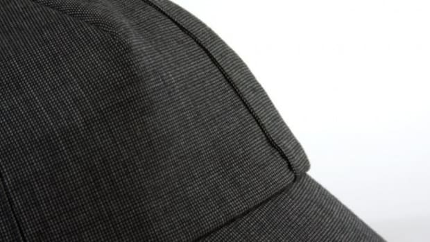 outlier-nailhead-worsted-wool-cyclist-cap-black-03