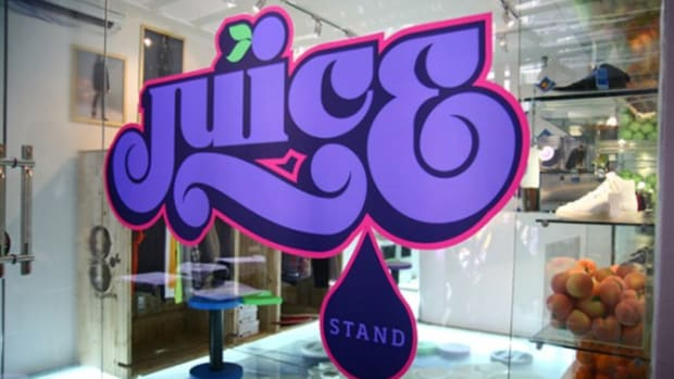 juice_stand_pop_up_store_1