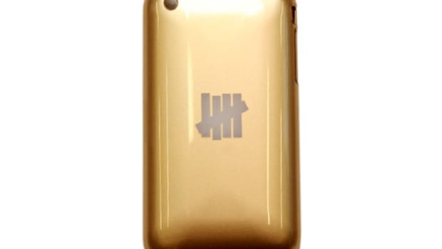 iphone_undftd_cover_1