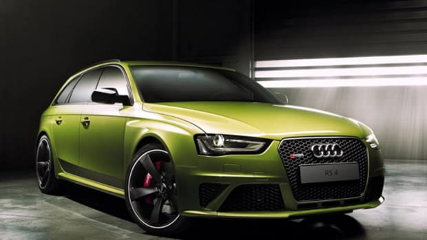 audi-exclusive-rs-4-avant-peridot-00