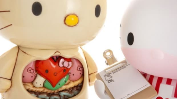 hello_kitty_shop_in_shop_1