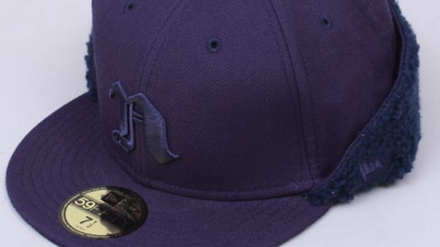 flip-down-cap-navy