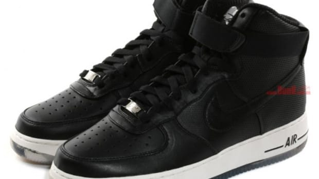 nike-x-futura-air-force-1-high-premium-black-2