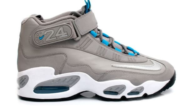 nike-air-griffey-max-grey-teal-1