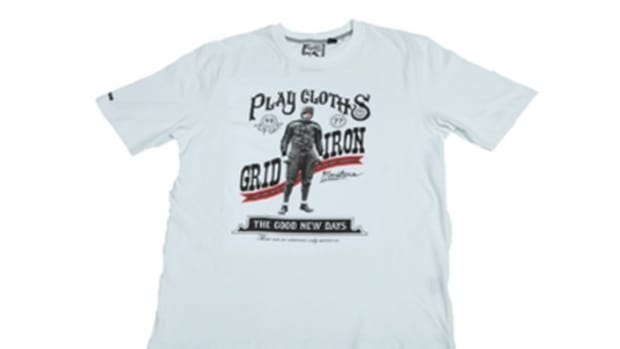 play_cloths_holiday09_tee_4