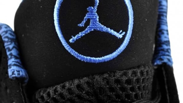 air-jordan-2010-black-university-blue-3