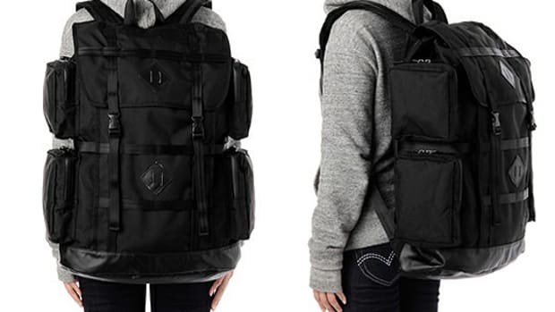 porter-white-mountaineering-blk-vesuvio-pack-16