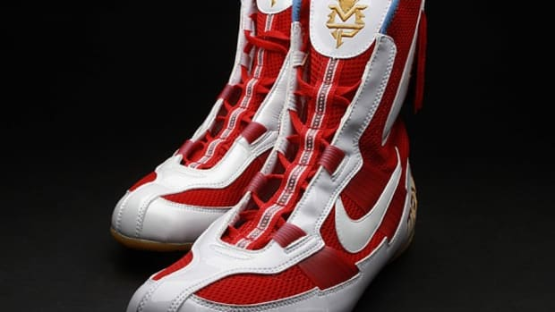 manny-pacquiao-nike-fight-night-shoes-07
