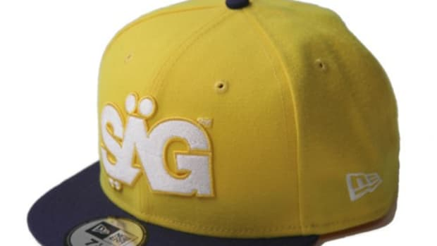 506-umpire-cap-yellow