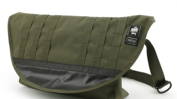 xxx-messenger-bag-olive