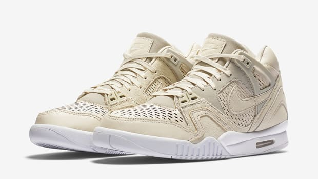 nike-air-tech-challenge-ii-laser-birch-01.png
