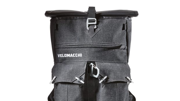 velomacchi-speedway-rolltop-backpack-01.jpg