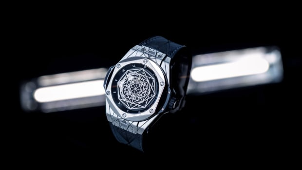 hublot-big-bang-sang-bleu-01.jpg