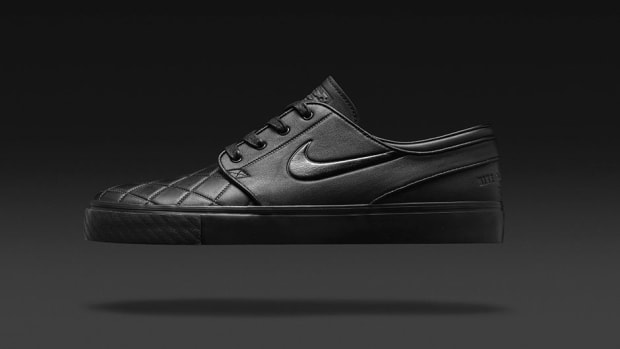 buy popular 62fac 945db Street Soccer  Street Skating Come Together in This Premium Janoski Release