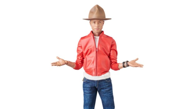 medicom-toy-pharrell-action-figure-01.jpg