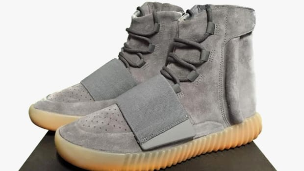 adidas-yeezy-boost-750-dark-grey-01.jpg