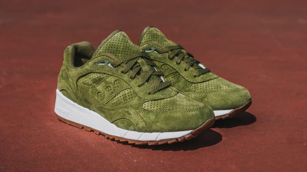 saucony-shadow-6000-olive-suede-00.jpg