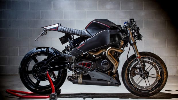 iron-pirate-garage-buell-xb9-cafe-racer-00.jpg