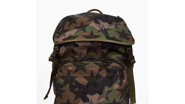 valentino-camustar-nylon-backpack-00.jpg