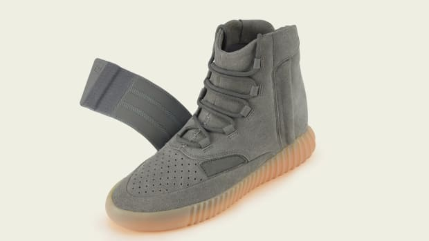 yeezy-boost-750-light-grey-02.jpg