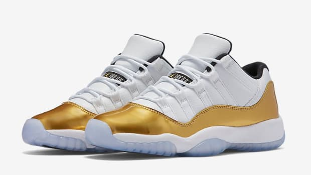 air-jordan-11-low-metallic-gold-01.jpg