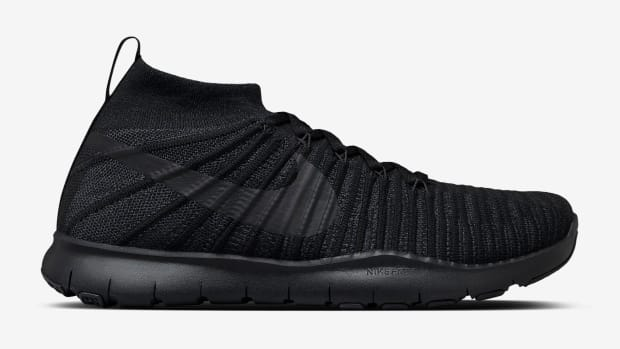 riccardo-tisci-nikelab-free-train-force-flyknit-02.jpg